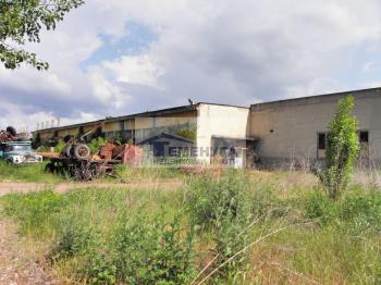 Промишлени халета с терен в индустриална зона Кремиковци