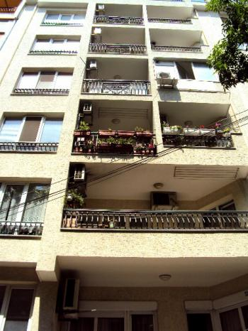 1 bed apartment in Varna close to center of the city