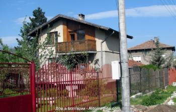 Къща в с. Алдомировци, Област София