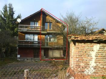 Продава къща с. Мала Раковица , Банкя