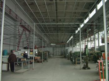 Продава масивна сграда подходяща за фабрика или склад в София