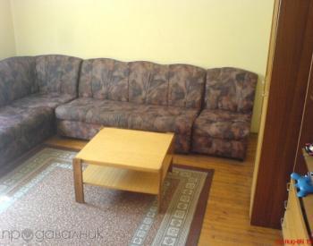 Продавам етаж от къща в Мездра