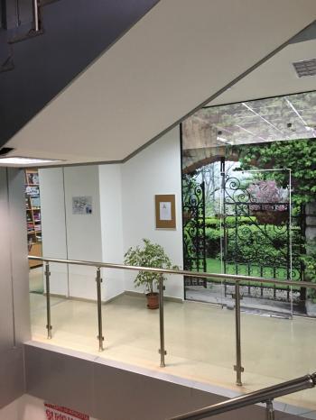 Отдавам под наем почасово зала за йога, медитации, танци, лекции, семинари Свободна площ - 23 кв. м. санитарен възел