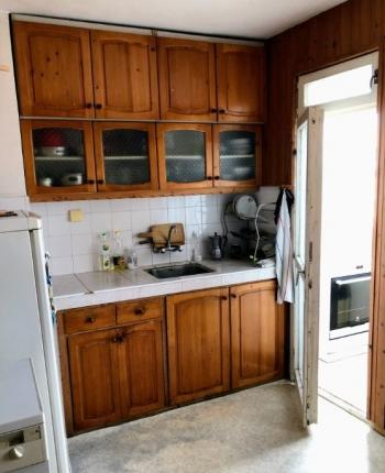Продавам апартамент четиристаен панелен предпоследен седми етаж