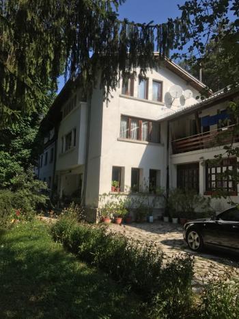 Продава хотел в Предела, област Благоевград - 180 000 EUR