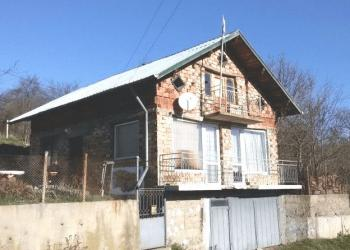Продава къща в село Габровдол, област Перник - 21 000 EUR, 186 кв.м.