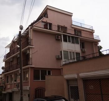 Продава едностаен апартамент във Варна