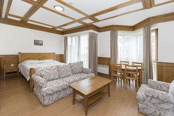 Продава Едностаен апартамент в Разлог