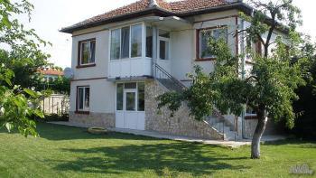 Продава Къща в село Аспарухово, област Варна