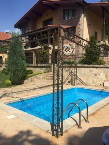 Продава Къща в Зелин, област София