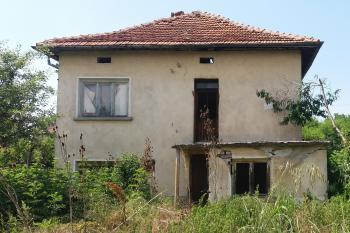 Продава Къща в село Тодоричене, област Ловеч