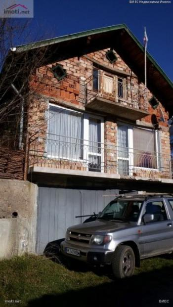 Продава Къща в Габров дол, квартал Вилната зона, област Земен